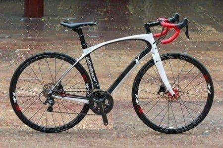 Sportive road bike