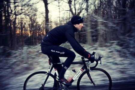 Bicycle exercise in winter.