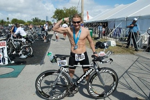 Shirtless fit cyclist.