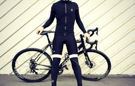 Black leg warmers for biking