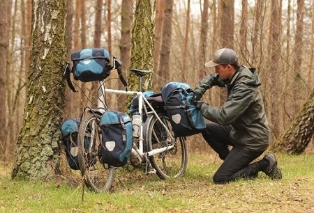 4 Essential Things To Pack During A Long Bike Ride