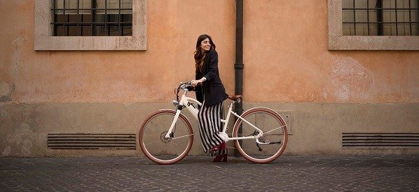 Girl riding her bike in Munich