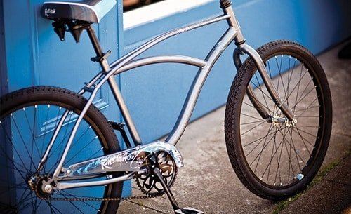 Silver Raleigh cruiser bike