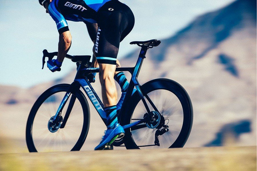 Giant Propel Racing Bike Review